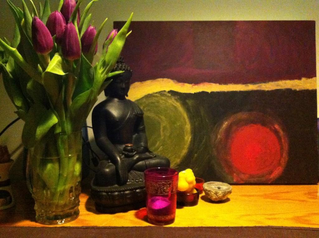 bloemen en budha bij pranayourlife.nl